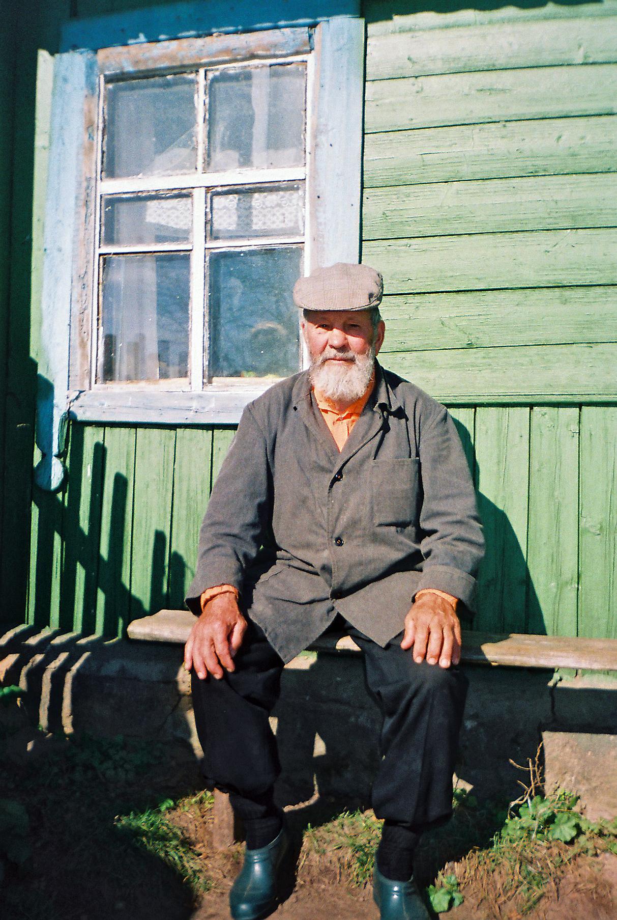 Паповец зь вёскі Гарэлікі, Лёзеншчына